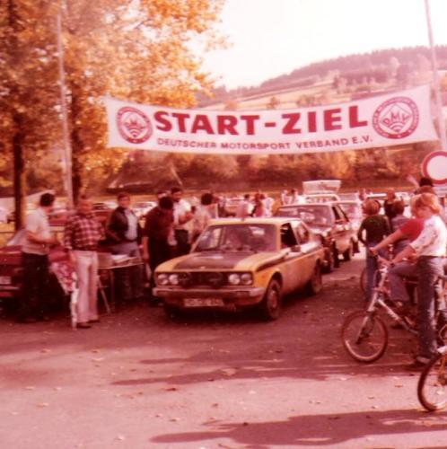 1977-053-RallyeStart