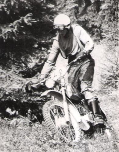 1973-069-EnduroDMUlla